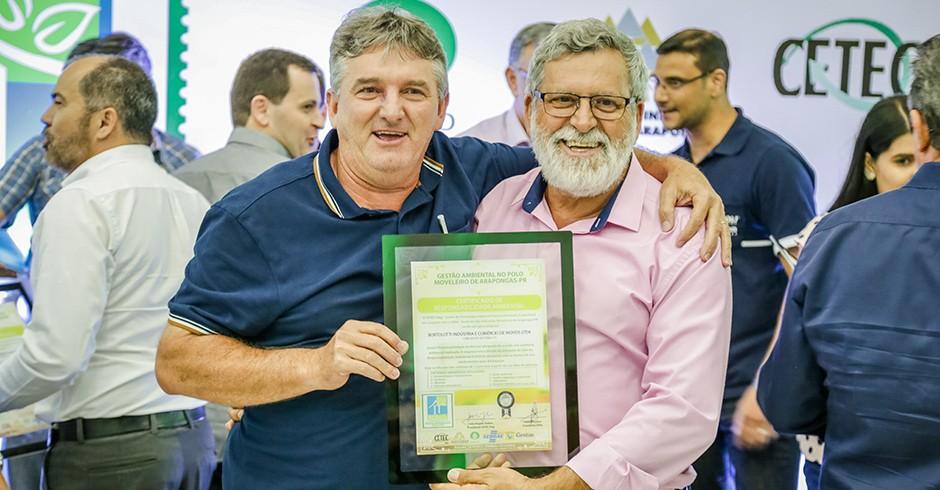 Laércio Bortolloti - Dir. Administrativo da HB Móveis e Valdecir Tudino - Secretário da Indústria e Comércio